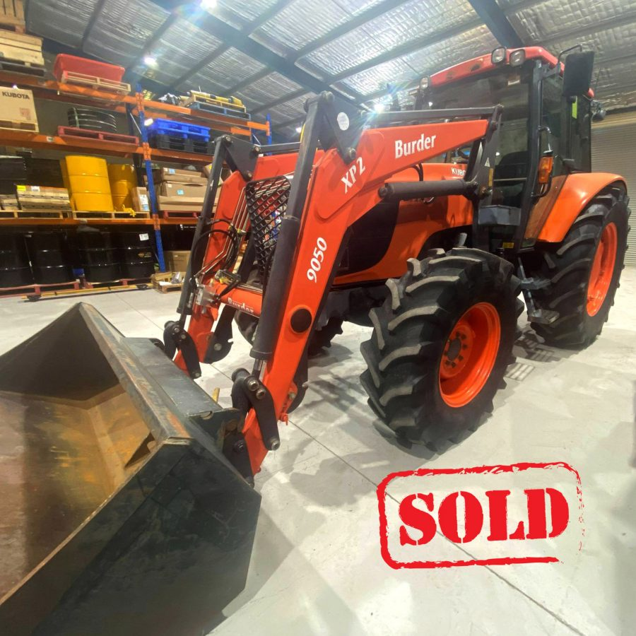 Roylances_Forbes_Kubota_tractor_M125X_second_hand_bucket_170321_1600px_SOLD