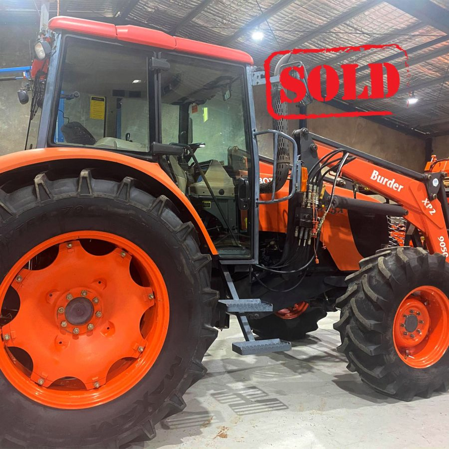 Roylances_Forbes_Kubota_tractor_M125X_second_hand_side_170321_1600px_SOLD