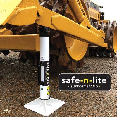 Safe-n-Lite_stands_image_800px_sq_0521